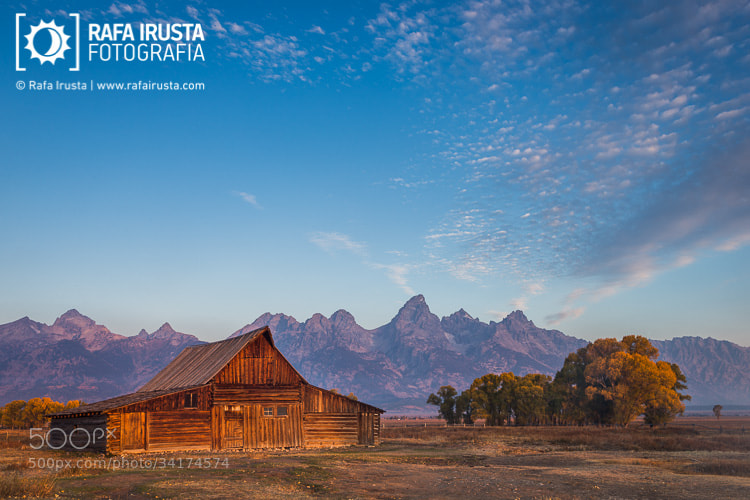 Photograph T.A. Moulton barn by Rafa Irusta on 500px