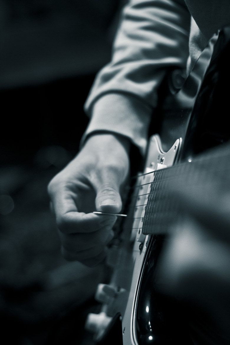 Photograph Guitar by theonlyheinrich on 500px