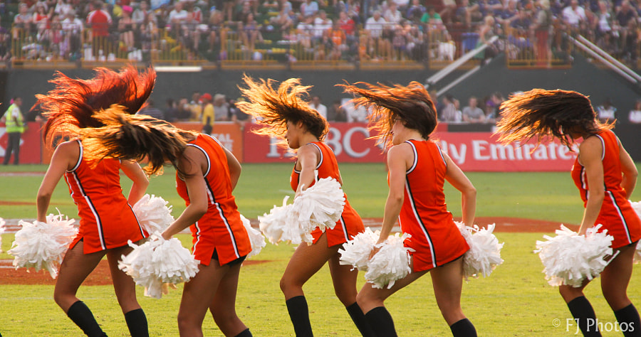 Cheerleader effect photography facts