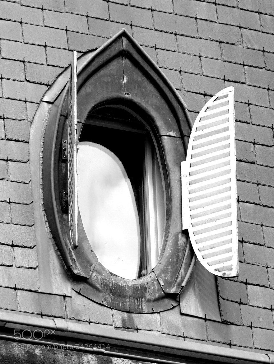 Photograph Nice window by Florence Guichard on 500px