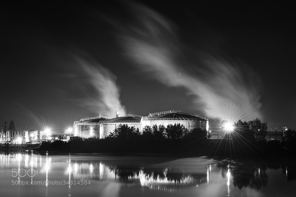 Photograph Nuit Portuaire IV by Jean-Baptiste Poulain on 500px