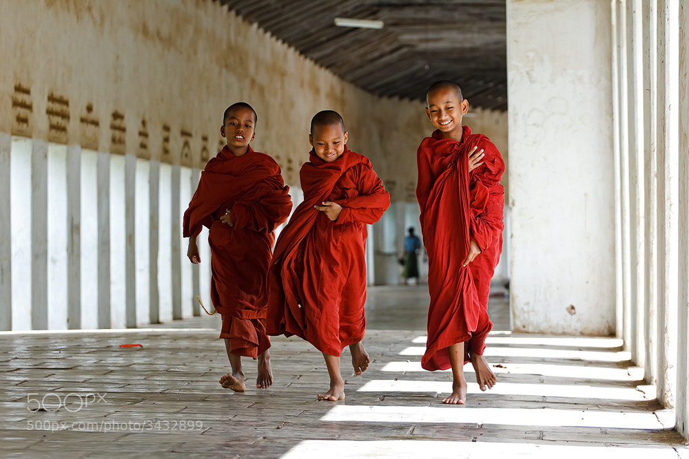 Photograph Little Monk by Nattapong uesettasak on 500px