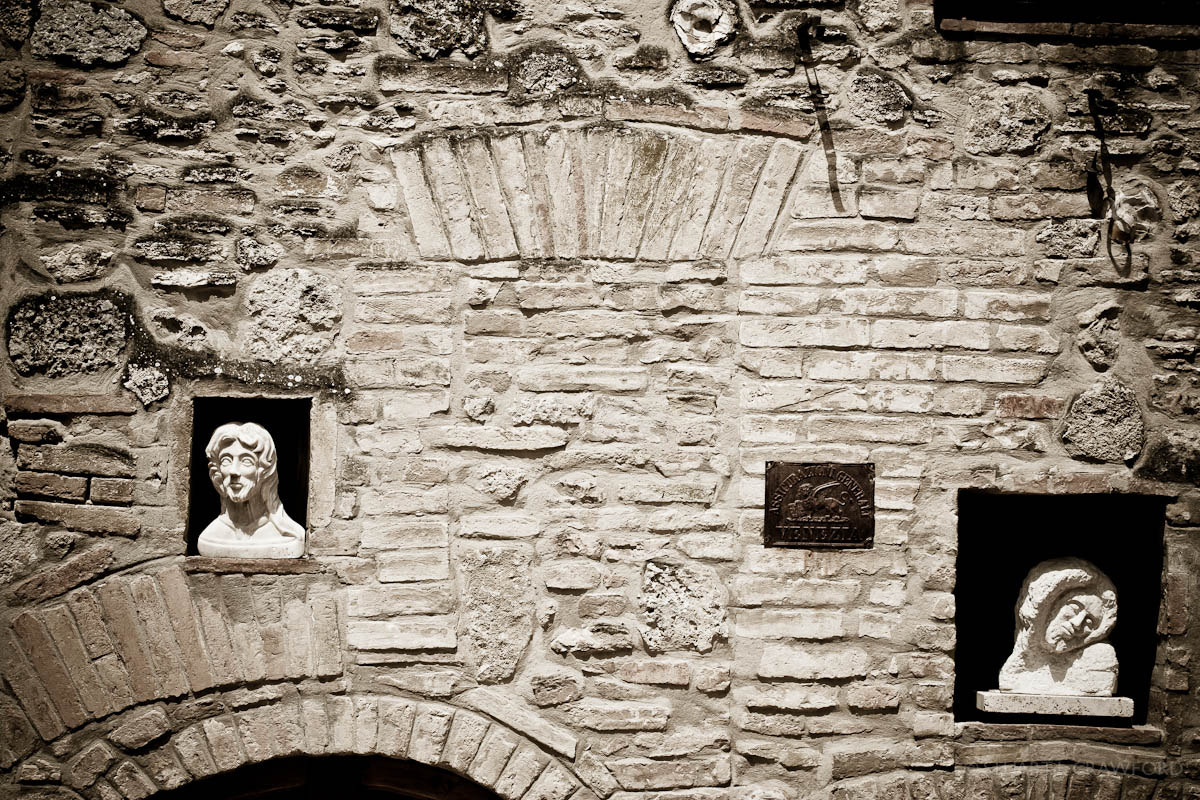Photograph Faces in the Wall by Stuart Crawford on 500px