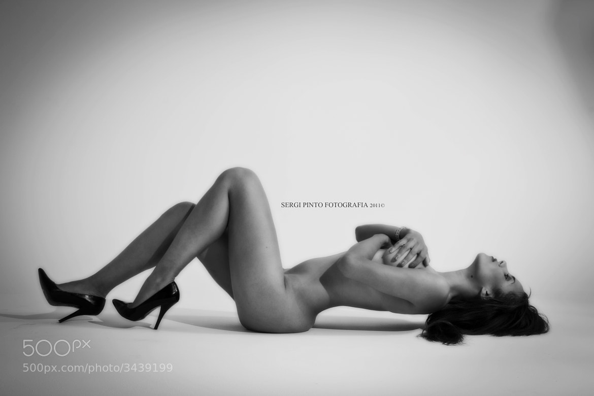Photograph Art Nude by Sergi Pinto on 500px