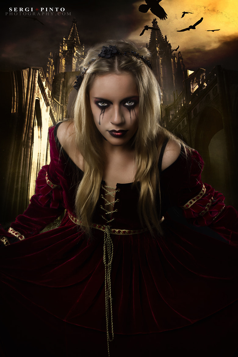 Photograph Queen of Darkness by Sergi Pinto on 500px