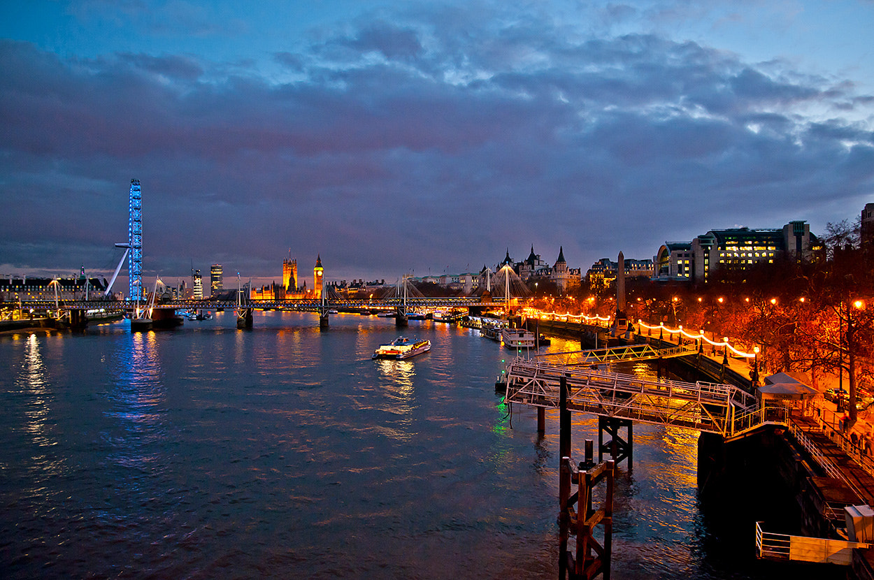 Photograph At the Thames by Dirk Stolz on 500px
