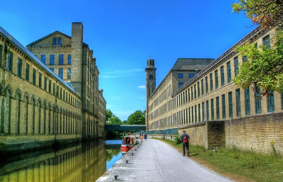 Photograph Salts Mill by Garry Atkinson on 500px