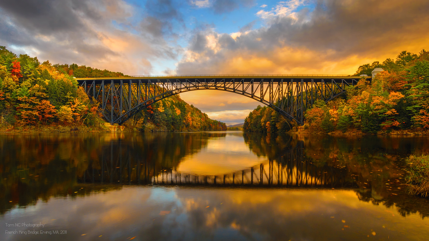 Photograph French King Bridge in Fall by Noppawat Charoensinphon on 500px