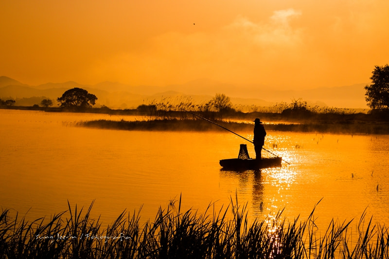 Photograph Fisherman's morning by Sung Jee-in on 500px