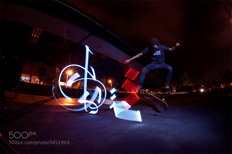 Photograph Flippin by Apai Biszign on 500px