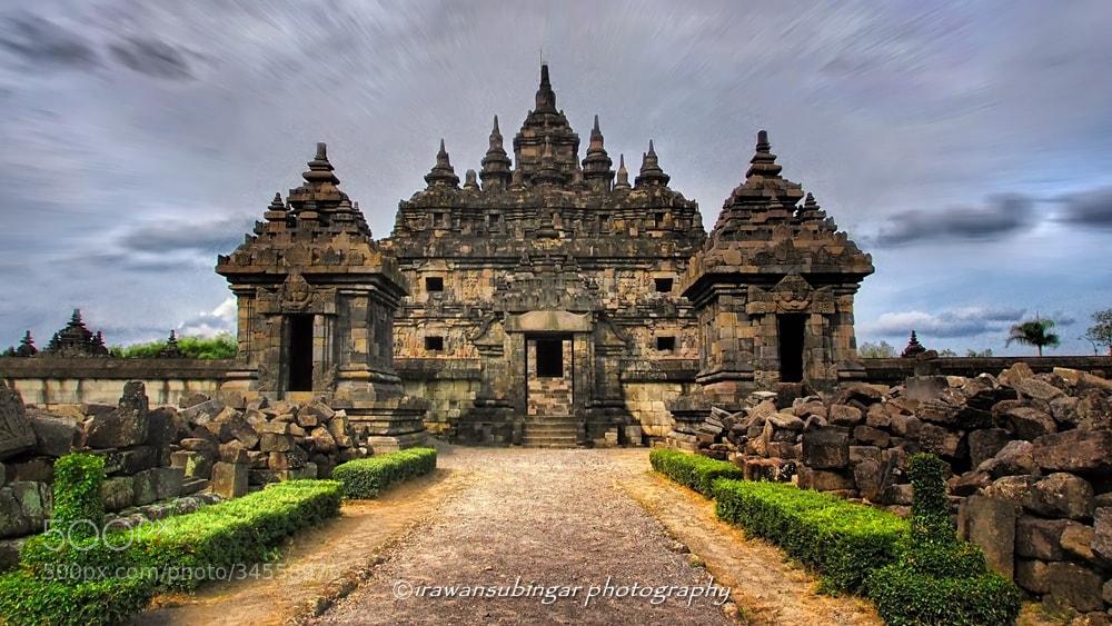 Photograph Plaosan Lor temple by Irawan Subingar on 500px