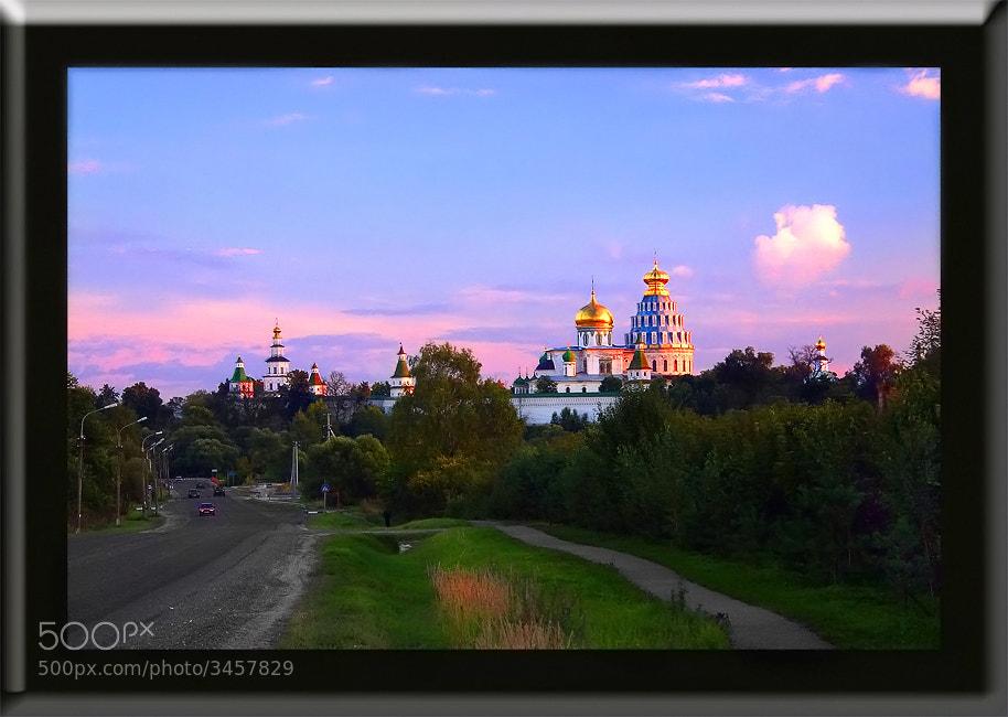 Photograph Миниатюра с монастырем. by Leonid  Vinogradov on 500px