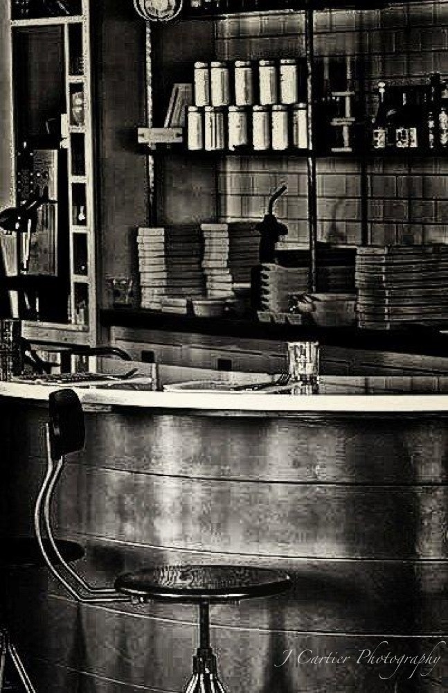 Photograph Empty Stool by Jerome Cartier on 500px