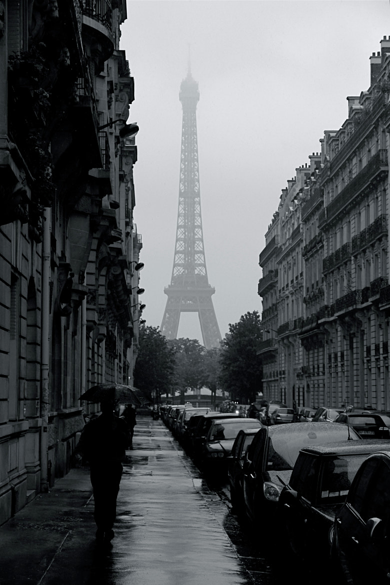Photograph Paris Noir by Bram Van der Hallen on 500px