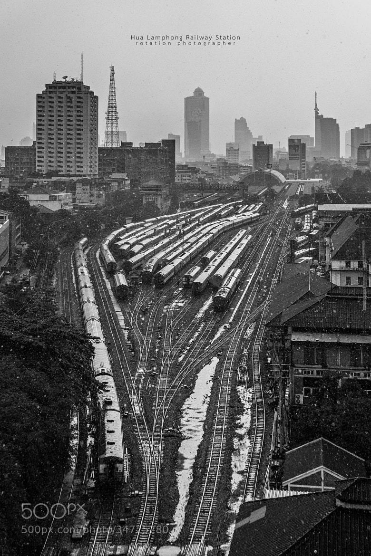 Photograph Running in the rain by Jirawas Teekayu on 500px