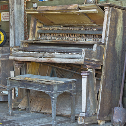 Old Barn Piano