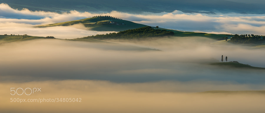 "<a href=""http://www.hanskrusephotography.com/Workshops/Tuscany-May-12-16-2014/29524379_ftL23j#!i=2526219658&k=bRN6DRb&lb=1&s=A"">See a larger version here</a>