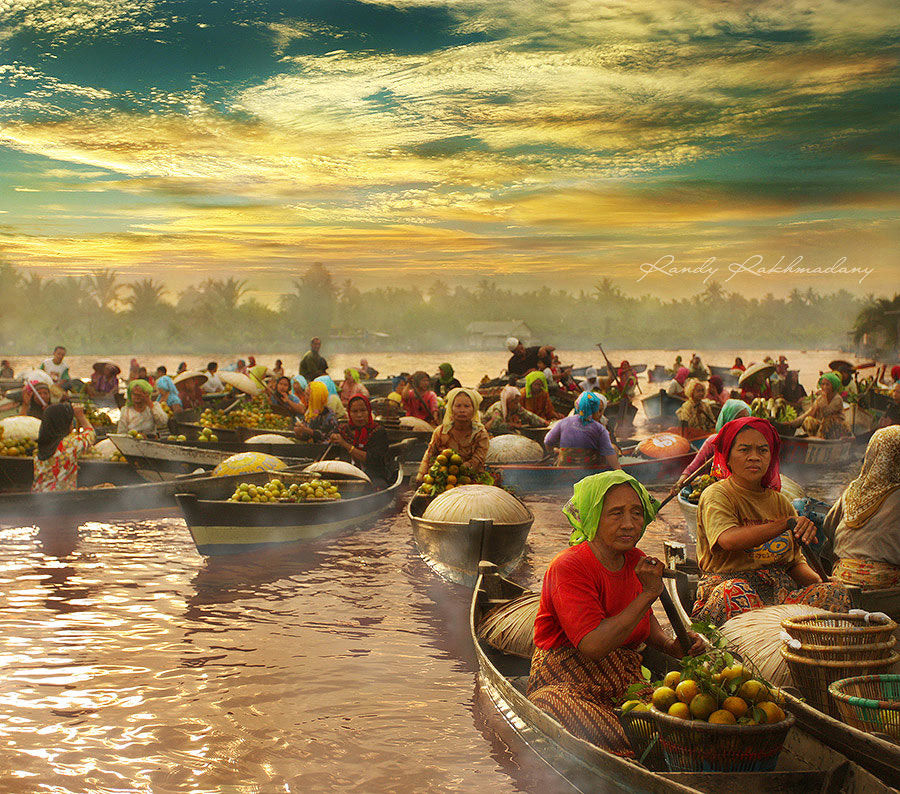 Photograph Morning Floating Market by Randy Rakhmadany on 500px