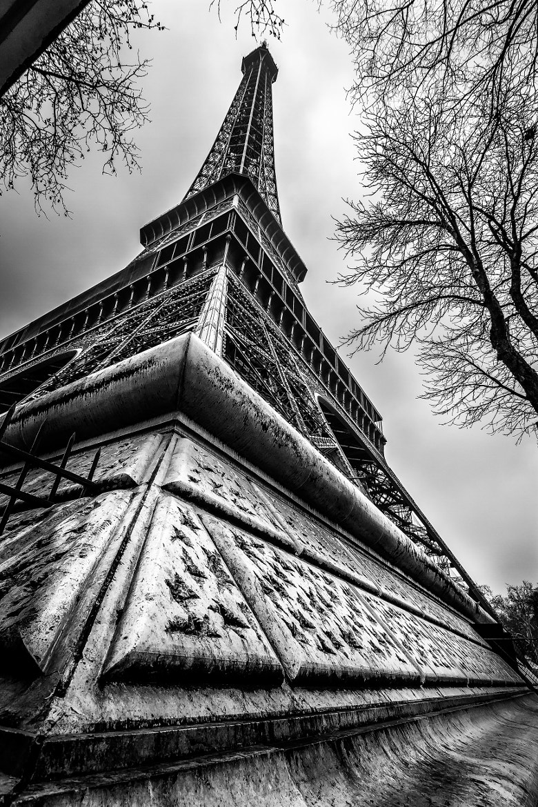Photograph the eiffel tower by didier  on 500px