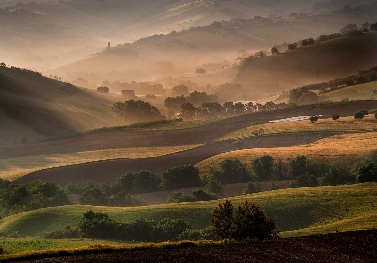 Photograph First sun rays in the valley by ivo pandoli on 500px