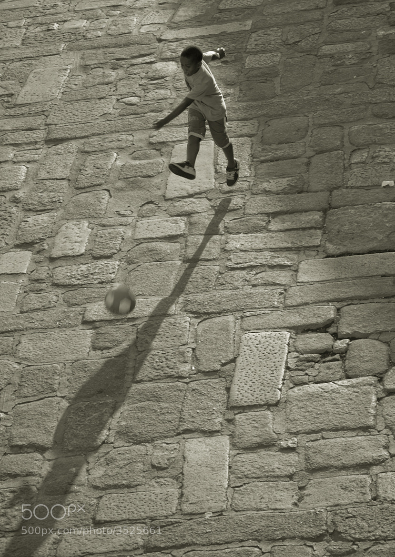 Photograph Futebal by Blaise Reymondin on 500px