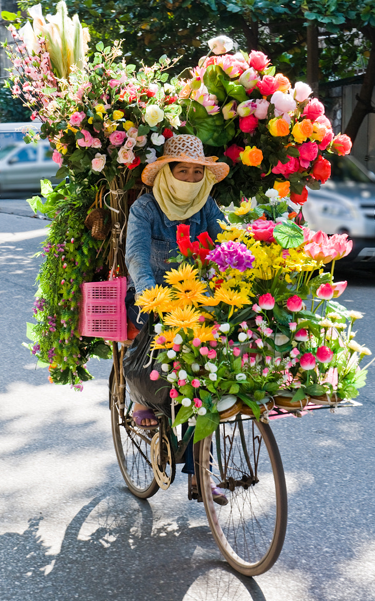 Photograph Flowers delivery by Blaise Reymondin on 500px