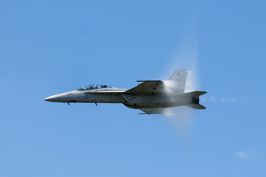 Photograph F-18 in high speed pass by Darek Siusta on 500px