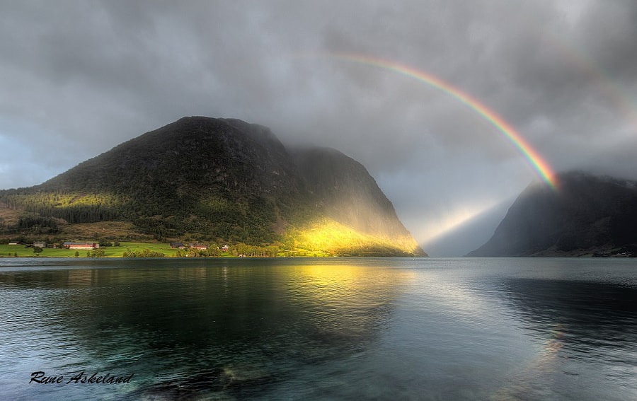Spotlight by Rune Askeland on 500px.com