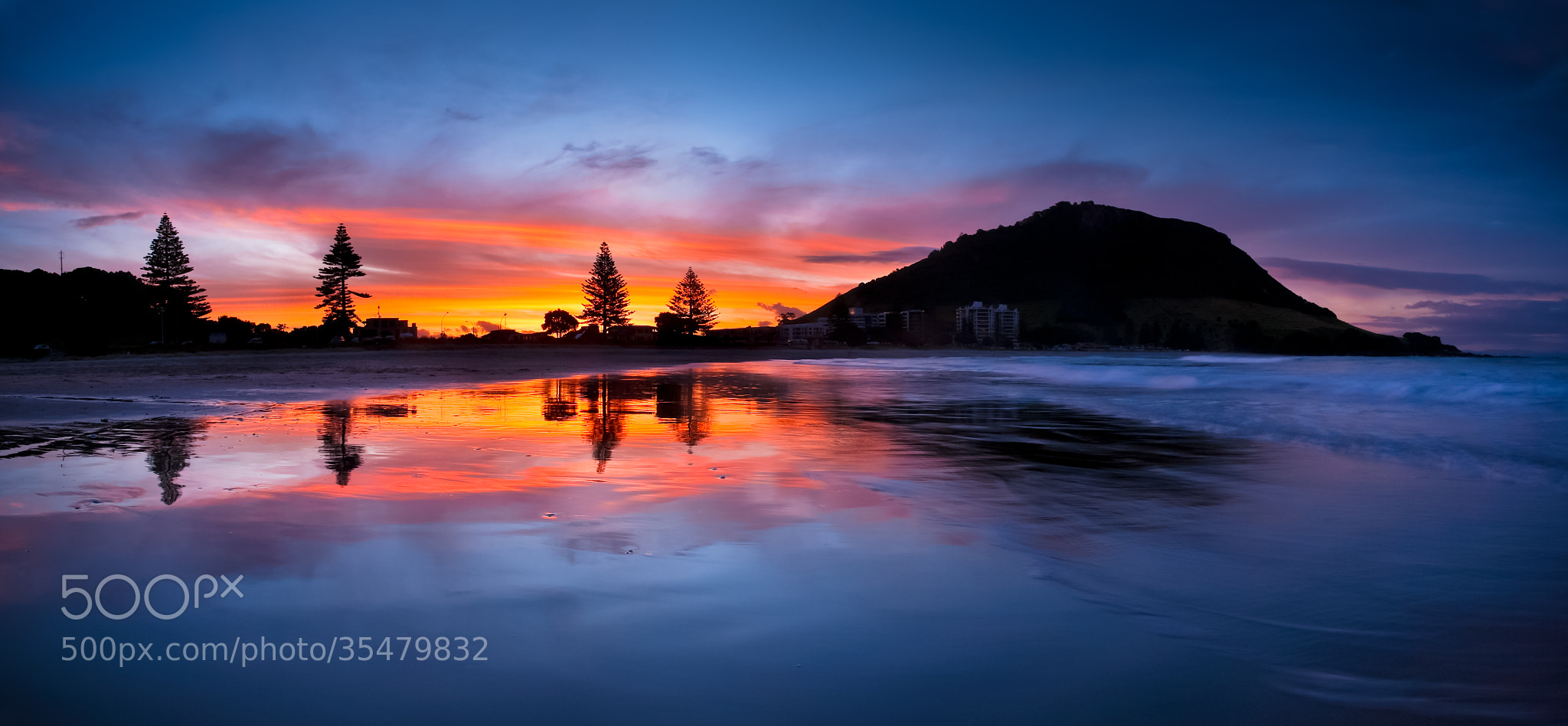 Photograph Sunset over Mount Maunganui by Pikitia Postcards  on 500px