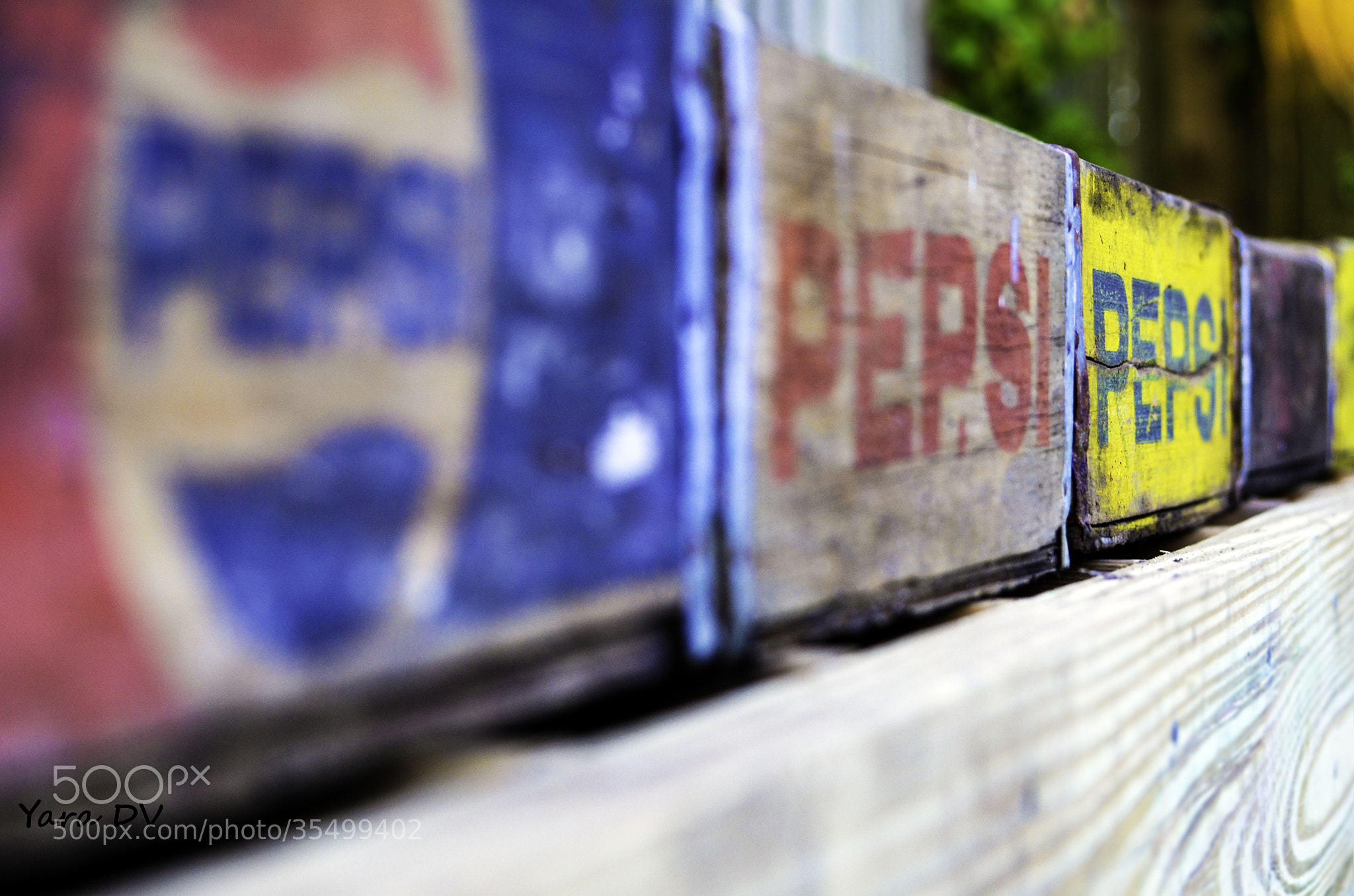 Photograph Vintage Pepsi by Yara Del Valle on 500px