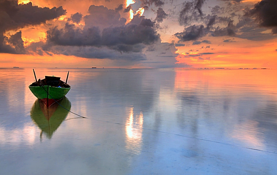 Photograph I'm Alone by Iman Hanggi on 500px