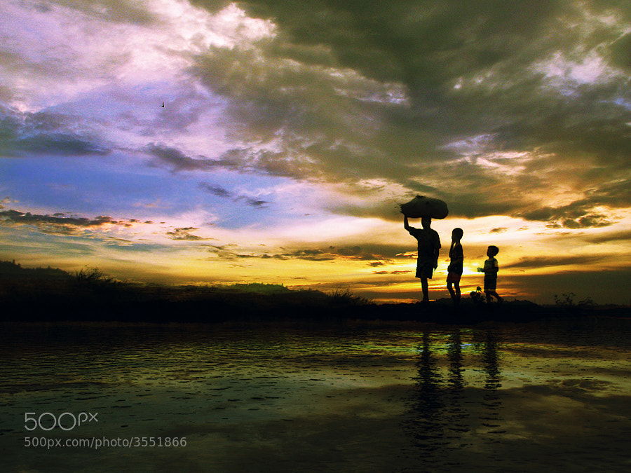 Photograph home from the fie by 3 Joko on 500px