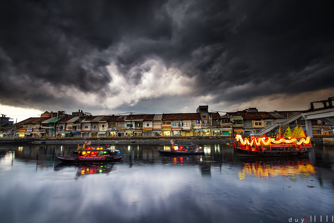 Photograph The Chinese ancient town in Ben Binh Dong (District 8, HCM City, Vietnam) by Duy Black on 500px