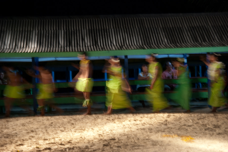 Photograph Dancing in Samoa by Eloy Muñoz Salinas on 500px