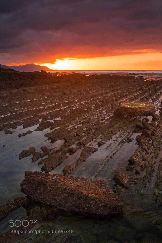 Photograph Hiru pausu     Three steps by Imanol Zubiaurre on 500px