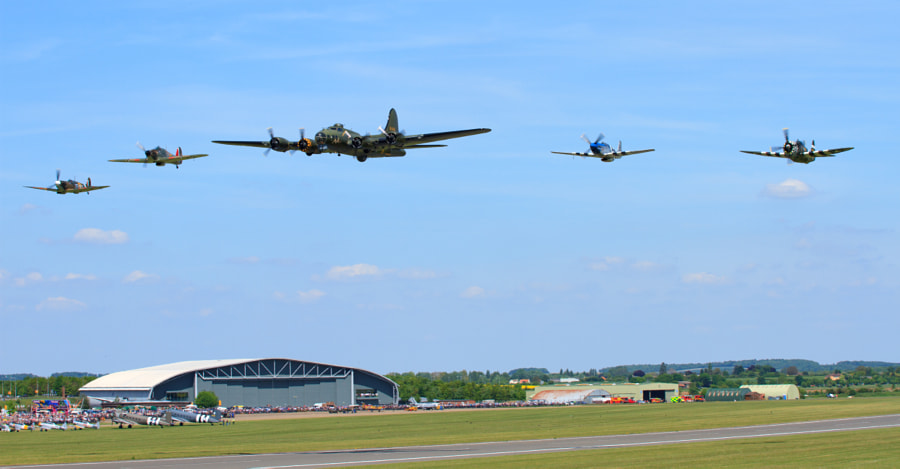 Eagle Squadron + B17 at Duxford