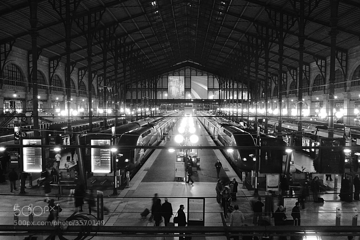 Photograph Gare du Nord by Julien Chaumet on 500px