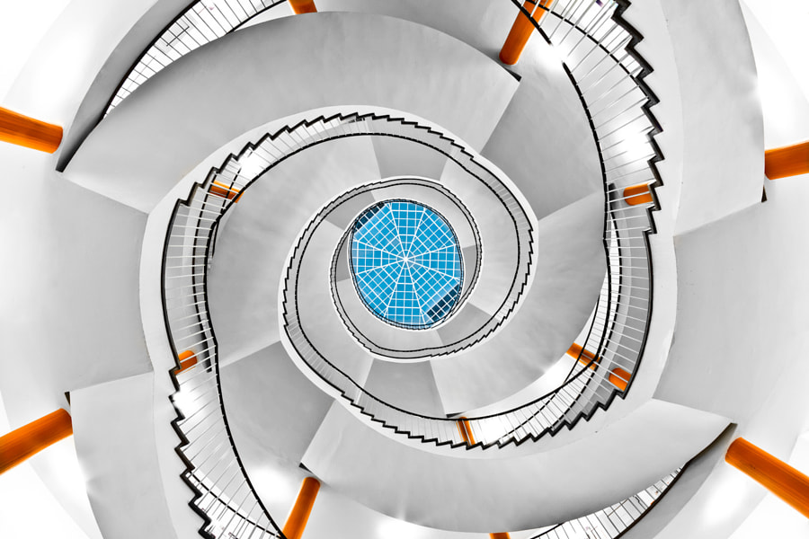 University Swirl by Philipp Götze on 500px.com