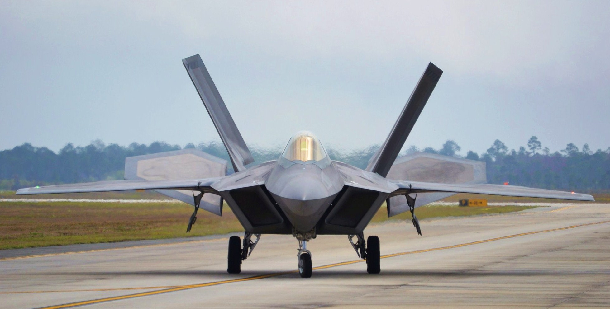 Photograph F-22 Raptor, Taxiing by Michael Fitzsimmons on 500px