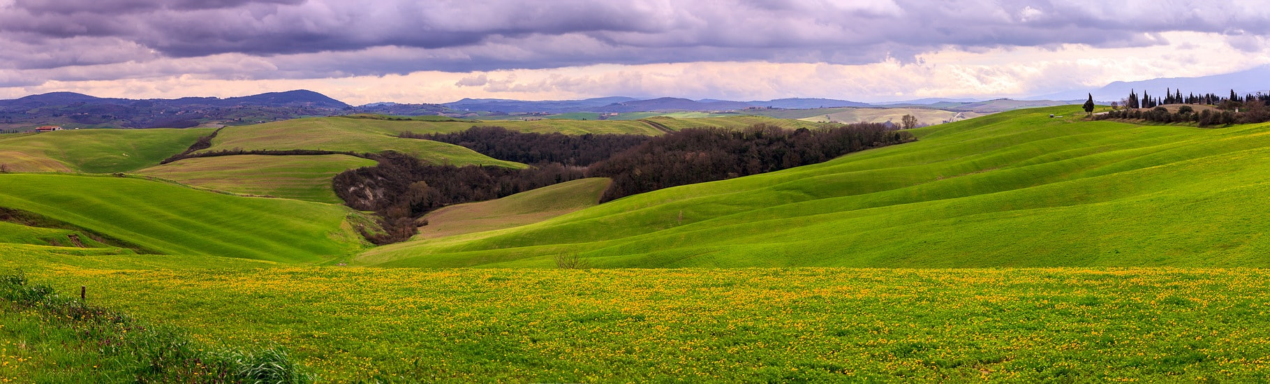 Photograph panorama of Tuscany. by Joan Santaugini on 500px
