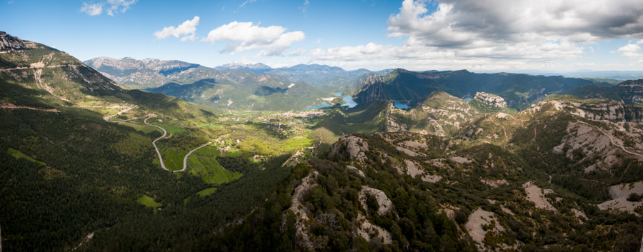 Photograph La vall de Lord by Manel Lanzón on 500px