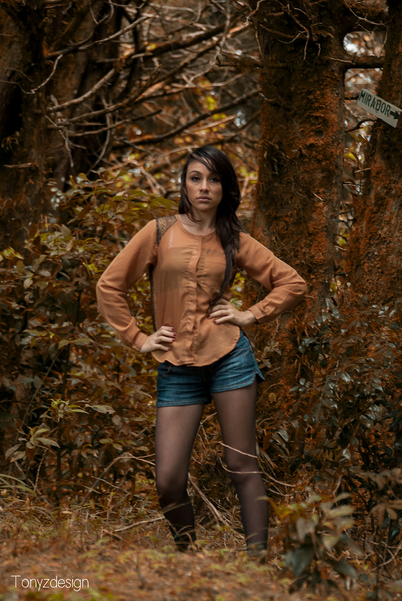Photograph Girl in the woods by Anthony Zuñiga on 500px