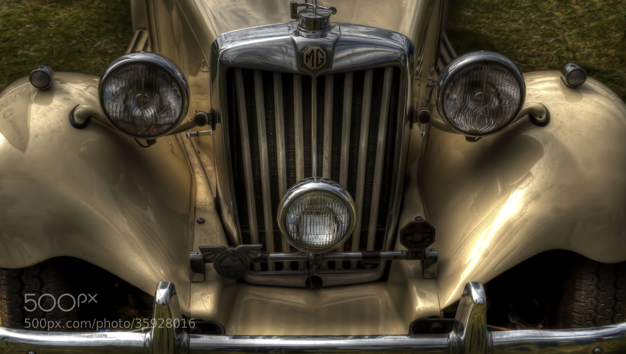 Photograph Vintage MG by Richard Hawley on 500px