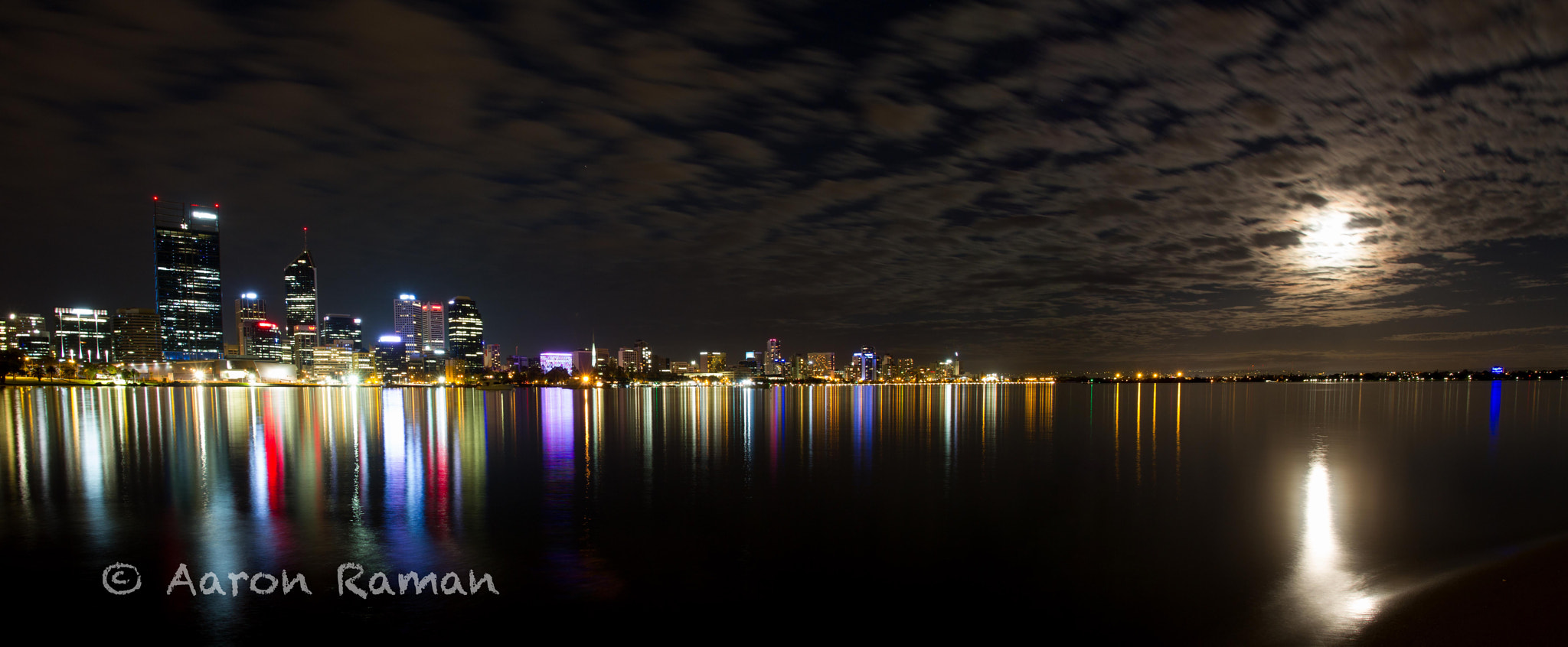 Photograph Moonrising over Perth's city skyline by Aaron Raman on 500px