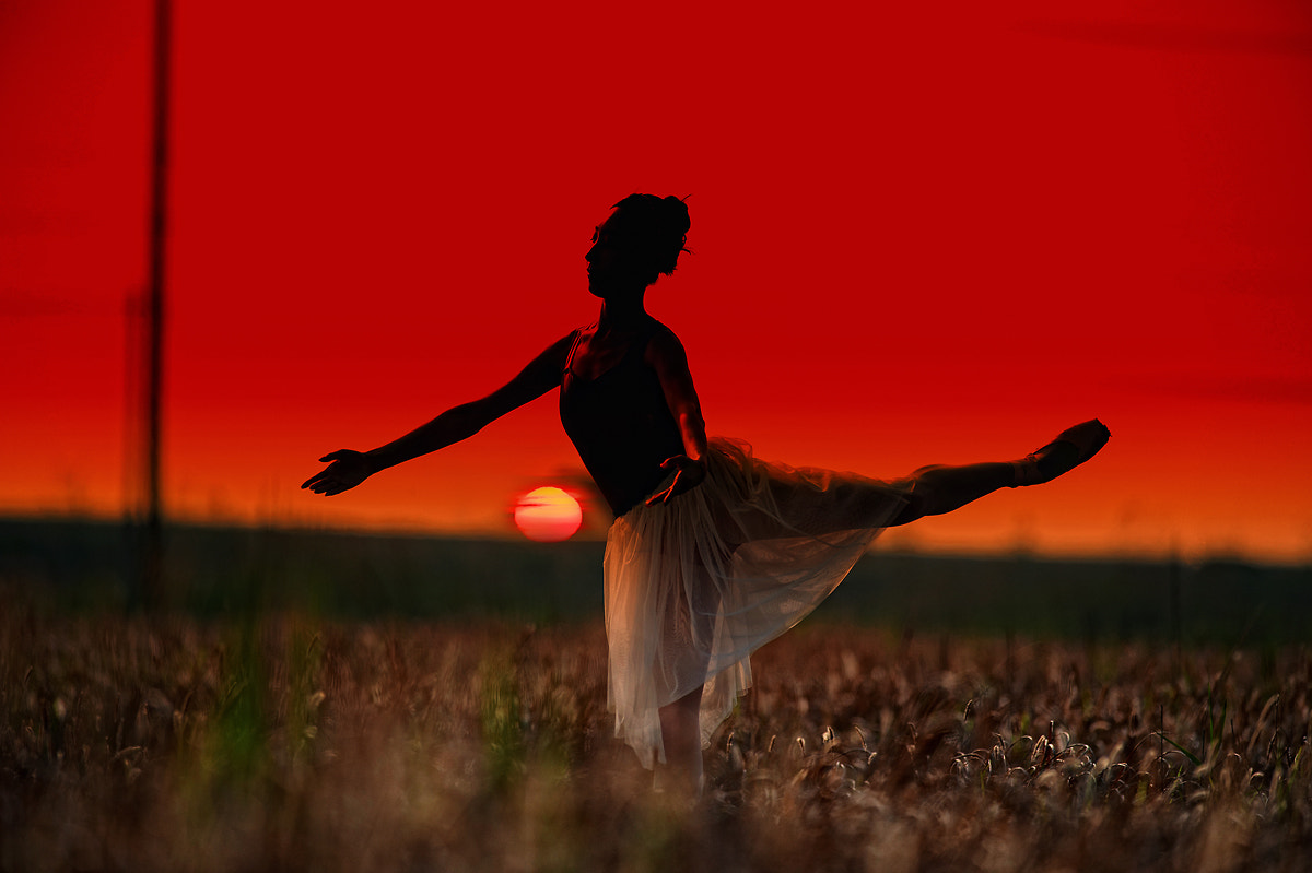 Photograph A ballerina in the sunset by Eduardo choi on 500px