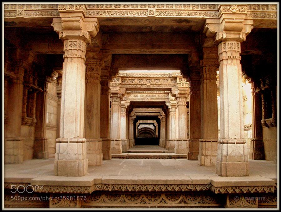 Step-well, Adalaj, Gujarat, India by Itz Darshit  (bagichanomali)) on 500px.com