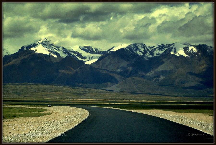 Way to Maan Sarovar, Kailash by બગીચાનો માળી