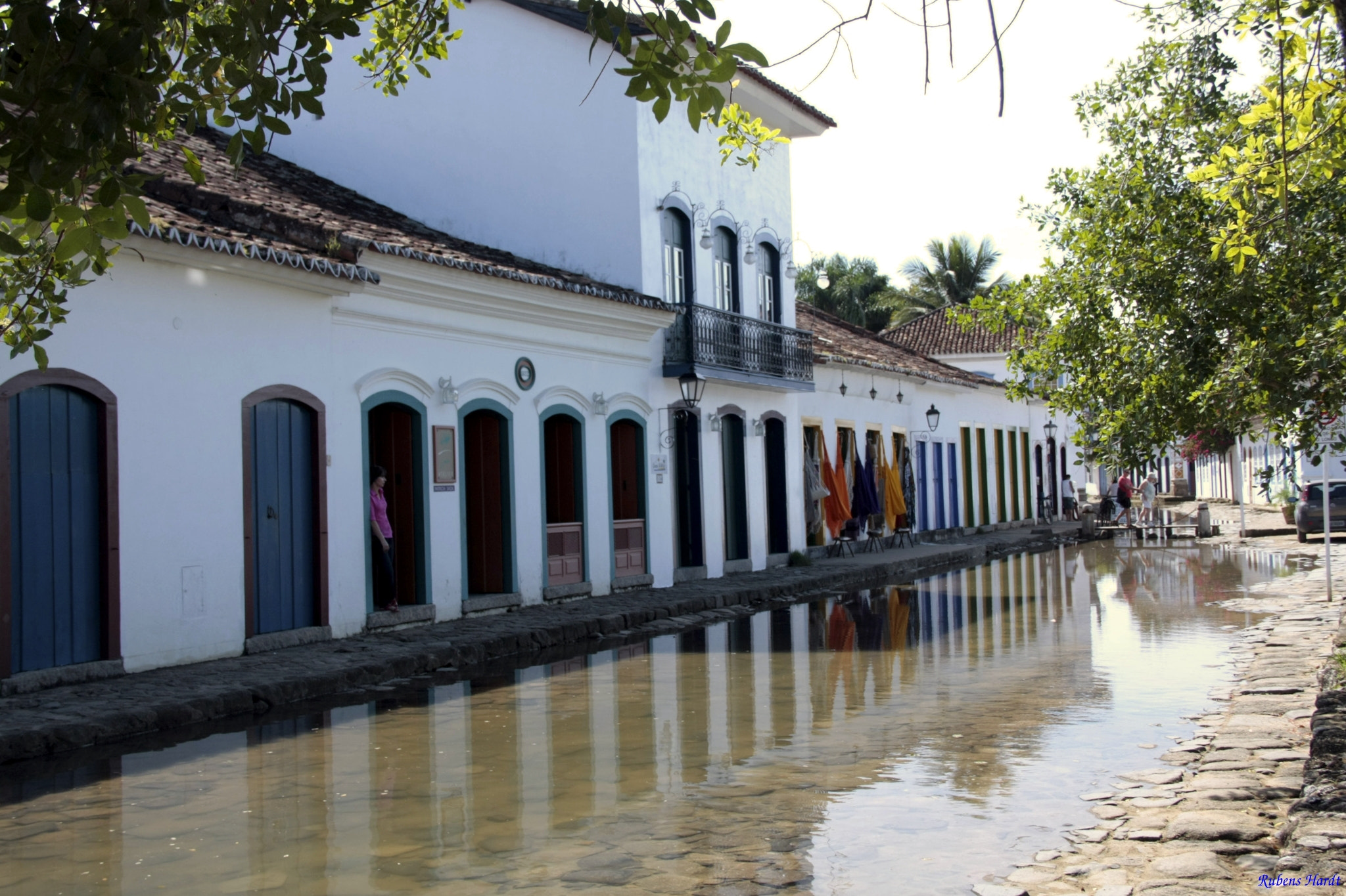 Photograph Paraty in high tide by Rubens Hardt on 500px