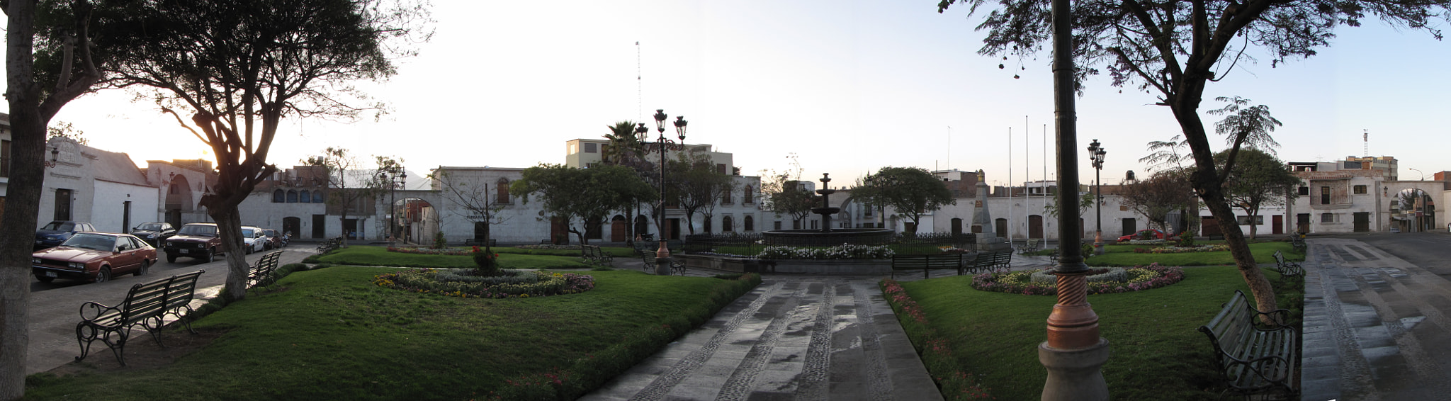 Photograph Plaza de cayma (Panoramica) by Marcos  Granda P. on 500px