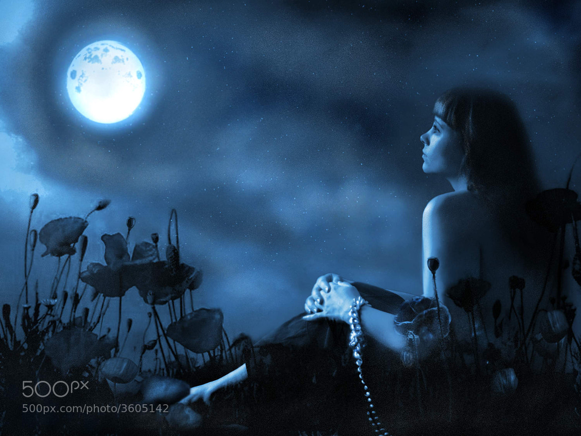 Photograph Self-portrait with the moon by ira kolominova on 500px